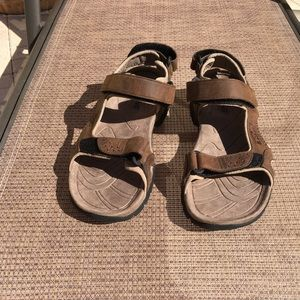 Teva Sz 11 Brown Sandals , Velcro Closures